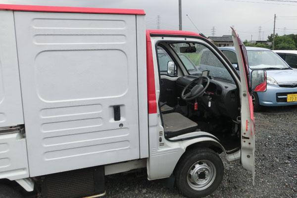 s張り込み専用の業務車両風車両